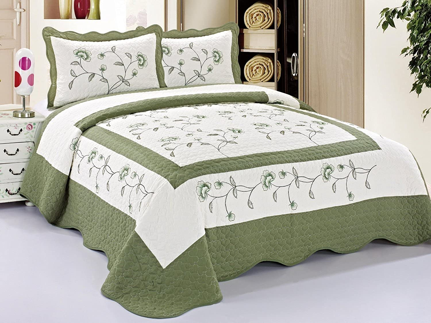 3pcs High Quality Fully Quilted Embroidery Quilts Bedspread Bed Coverlets Cover Set , Queen King (Beige SageGreen)