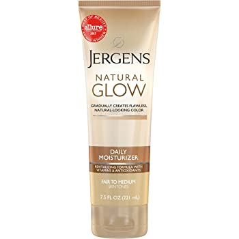 Jergens Natural Glow 3-Day Sunless Tanning Lotion, Self Tanner, Fair to Medium Skin Tone, Sunless Tanning Daily Moisturizer, for Streak-free Color