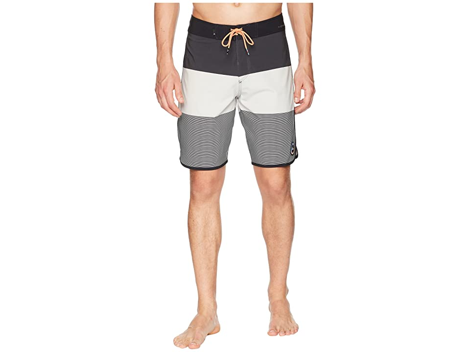 Quiksilver Highline Tijuana Scallop 20 Boardshorts (Micro Chip) Men