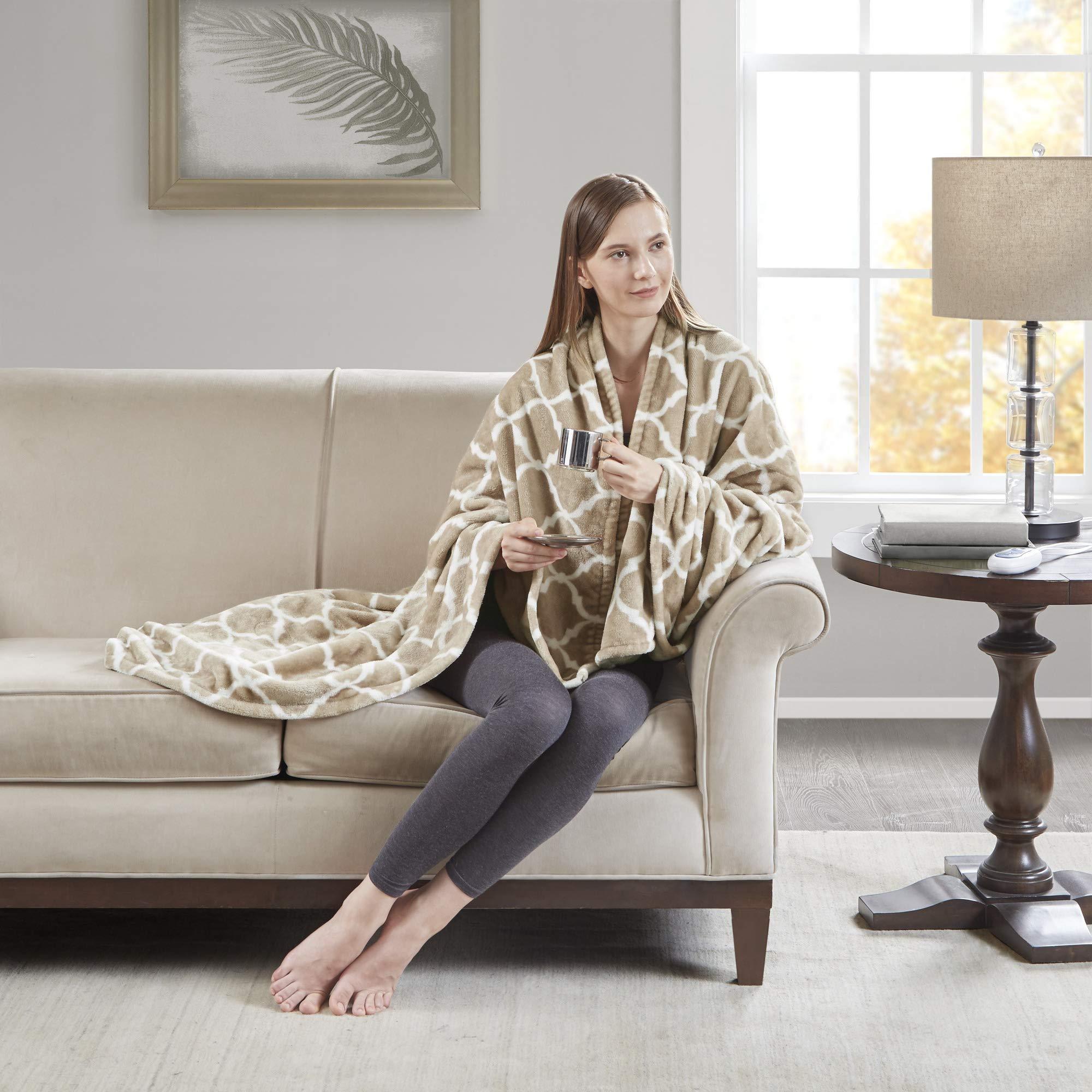Free Fleece Poncho Pattern – Design Patterns
