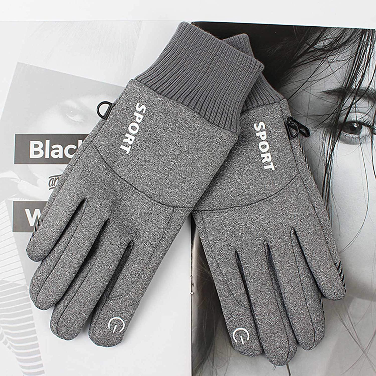 Winter Windproof and Warm Gloves, Outdoor Sports Touch Screen Plus Velvet Padded Gloves.