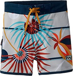 Billabong Kids - 73 Light Lineup Boardshorts (Big Kids)