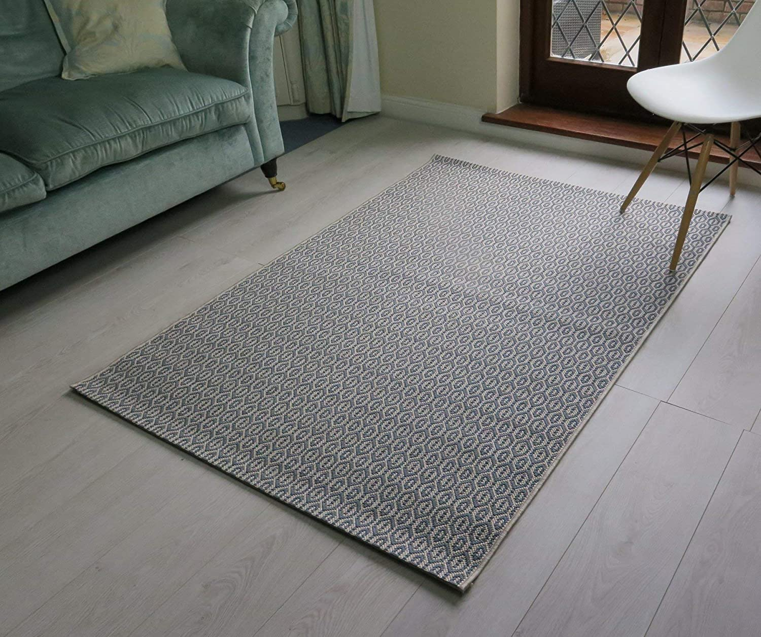 Aspect Linley Geometric Chainmaille Design Flatweave Indoor Outdoor Rug Cream And Teal 120x170cm 120 X 170 Cm Amazon Co Uk Kitchen Home