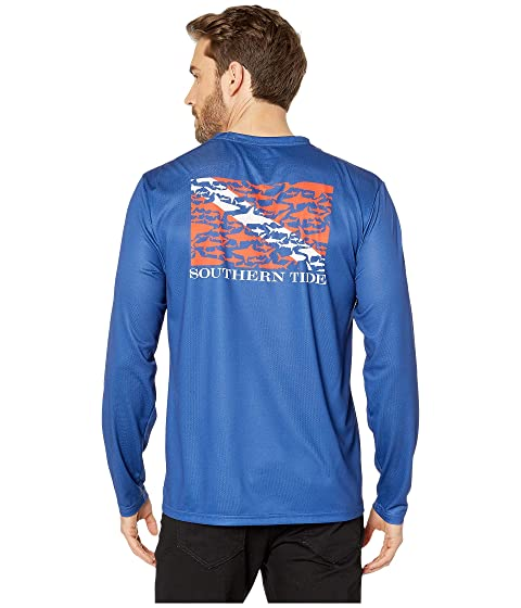 ae6a694e Southern Tide Dive If You Dare Performance T-Shirt at Zappos.com