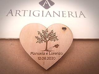 Artigianeria - Set di n°10 (o più) pezzi. Cuore in legno albero della vita personalizzato con nomi e data. Ideale come bom...