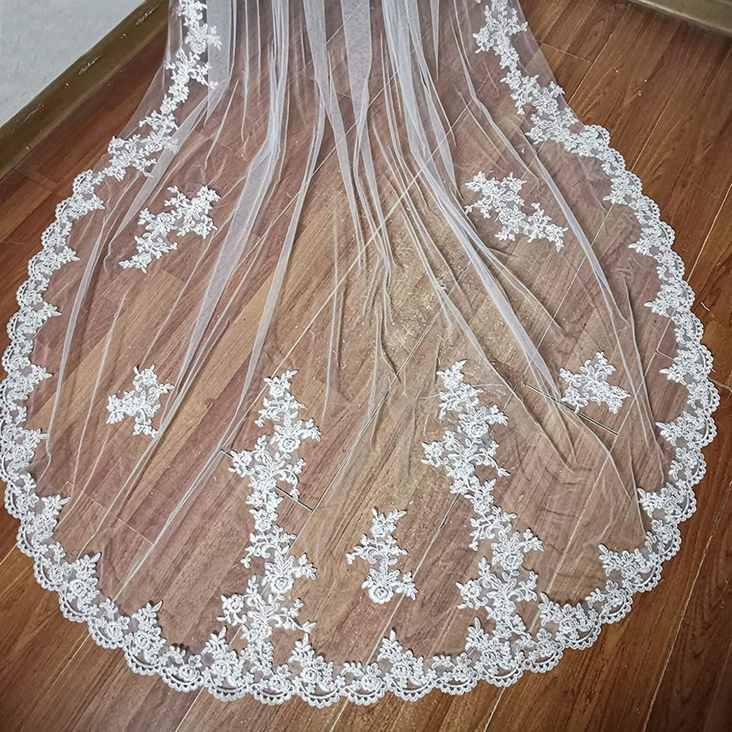 Lace Wedding Veils Cathedral 1 Tier for Bride with Comb Floral Lace Appliques