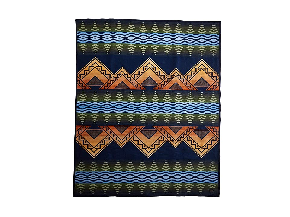 Pendleton - Pendleton American Treasures Robe Blanket