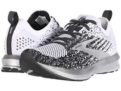 Brooks Levitate 3 (Black/White/Ebony) Women