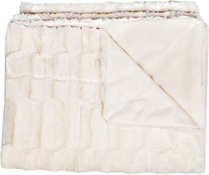 Sweet Home Collection Casie Decorative Reversible Faux Fur And Mink Throw Blanket 50 X 60 Box Pattern Ivory Amazon Ca Home Kitchen