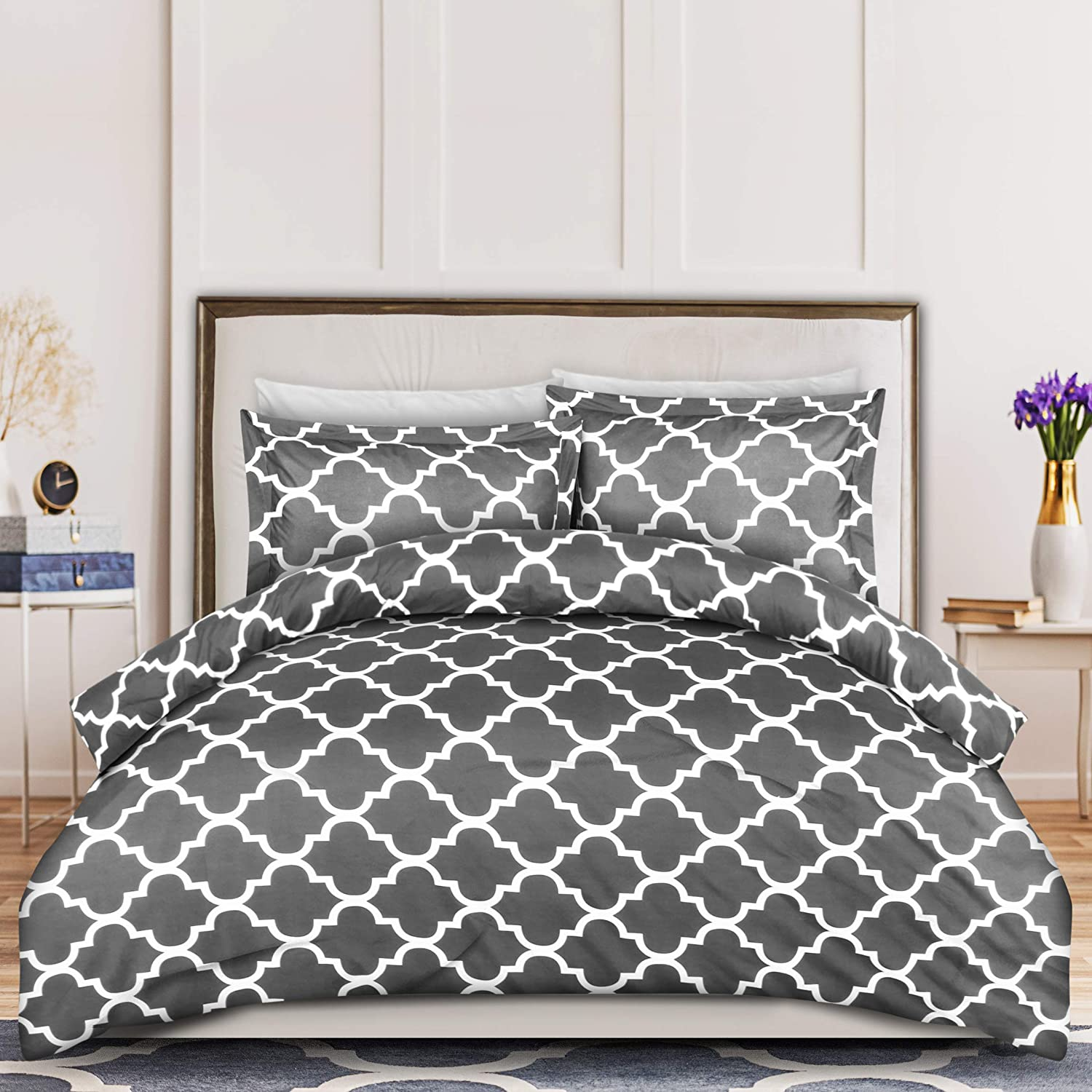 Utopia Bedding 3-Piece Duvet Cover Set – 1 Duvet Cover with 2 Pillow Shams - Comforter Cover with Zipper Closure - Soft Brushed Microfiber Fabric - Shrinkage and Fade Resistant - Easy Care (Queen, Quatrefoil Grey