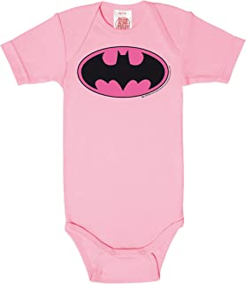Logoshirt DC Comics Batman Babystrampler Mädchen I Kleinkinder Body pink kurzärmlig I Lizenziertes Originaldesign I Baby-Body hochwertiger Logo-Print I Schlafstrampler Baumwolle I Vintage Style