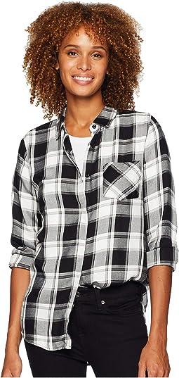 Long Sleeve One-Pocket Covered Placket Plaid Shirt
