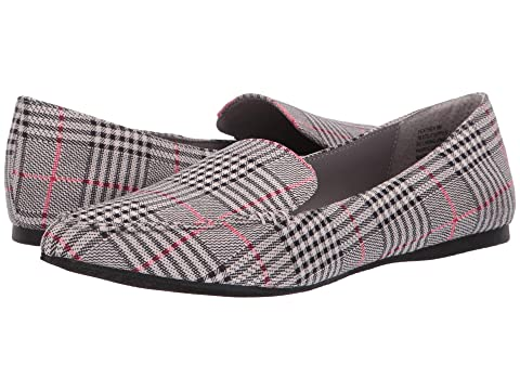 53ed7308fa5 Steve Madden Feather Loafer Flat at 6pm