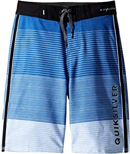 "Highline Massive 18"" Boardshorts (Big Kids)"