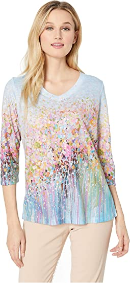 Field Flowers Print V-Neck 3/4 Sleeve Top
