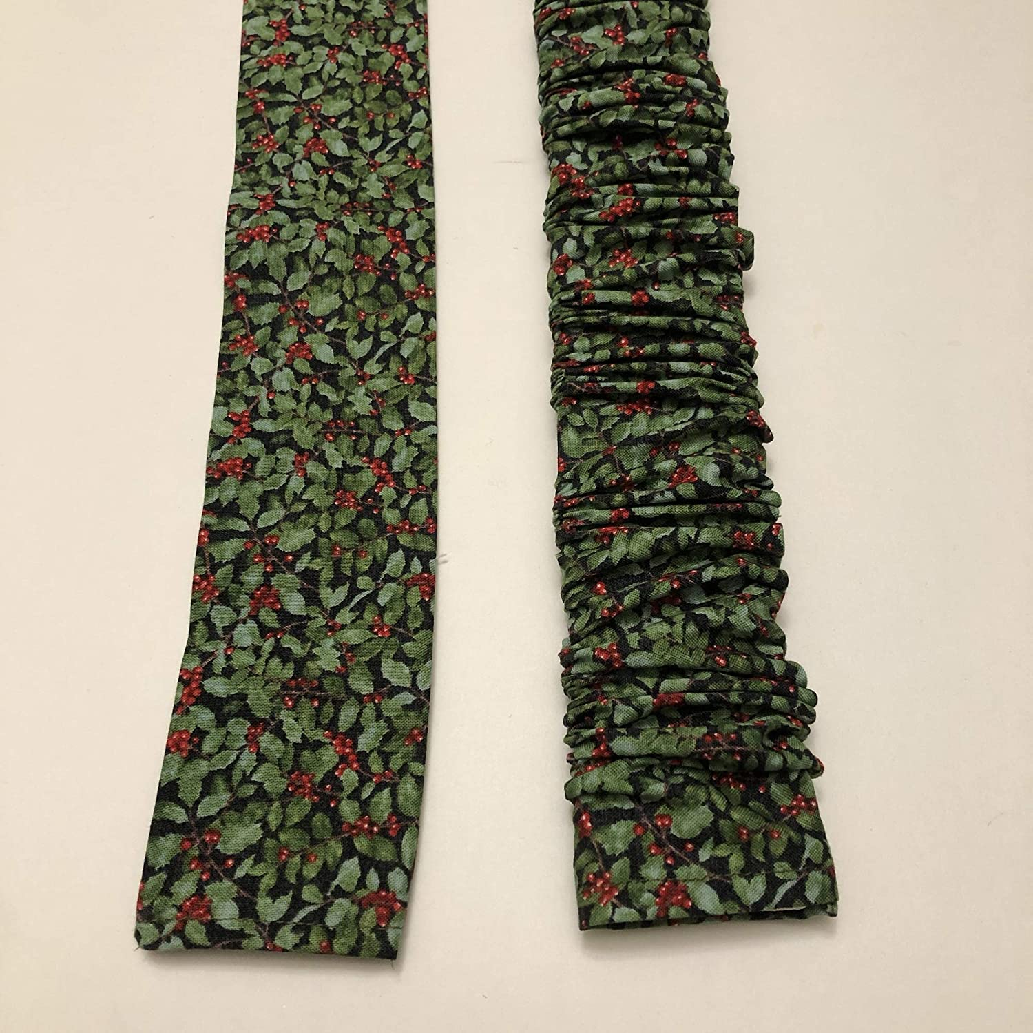 Cord Cover SHORT LENGTH New Orleans Mall Christmas Co High quality new Lamp Holly print Red