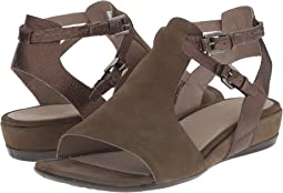 Touch 25 Hooded Sandal
