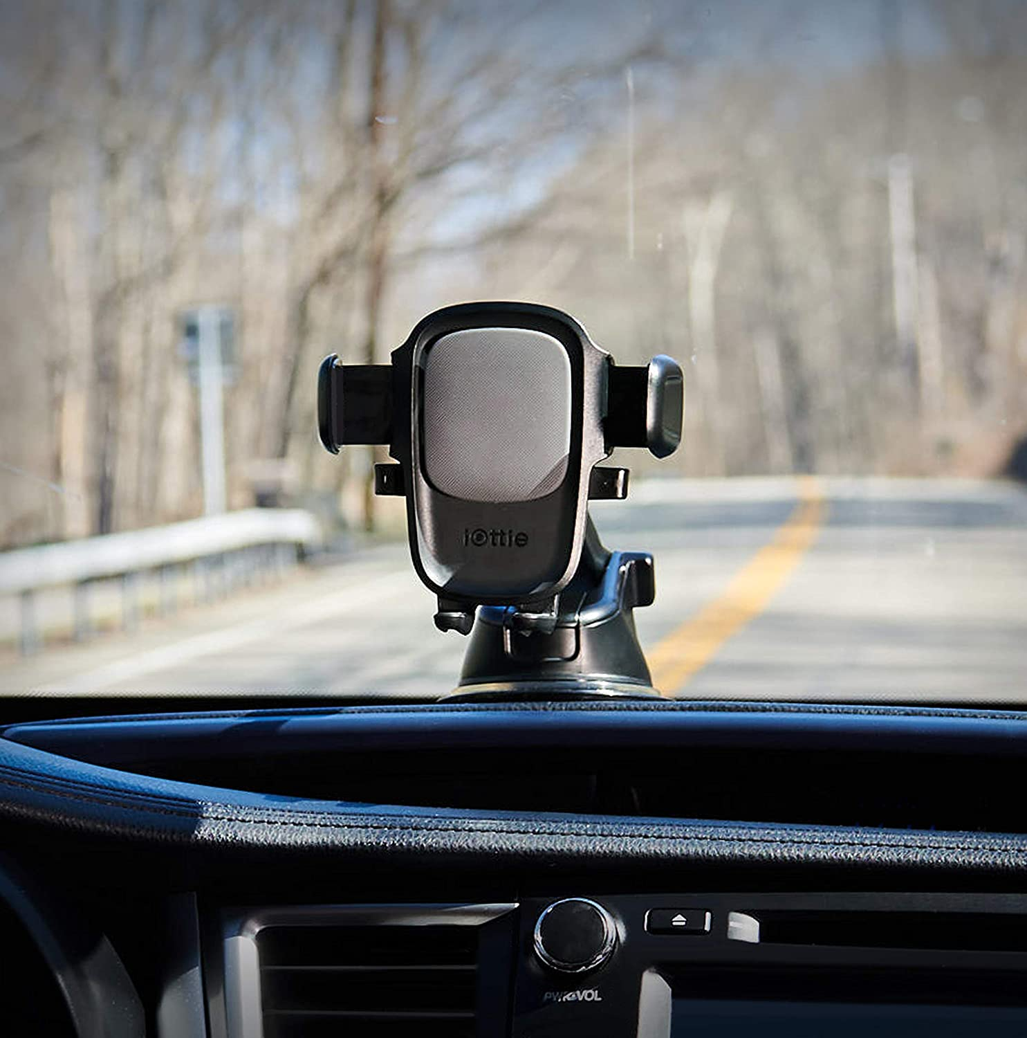 Why Dashboard Phone Mount Is Perfect For Almost Everyone?