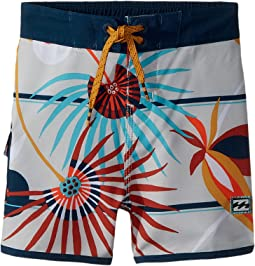 Billabong Kids 73 Light Lineup Boardshorts (Toddler/Little Kids)