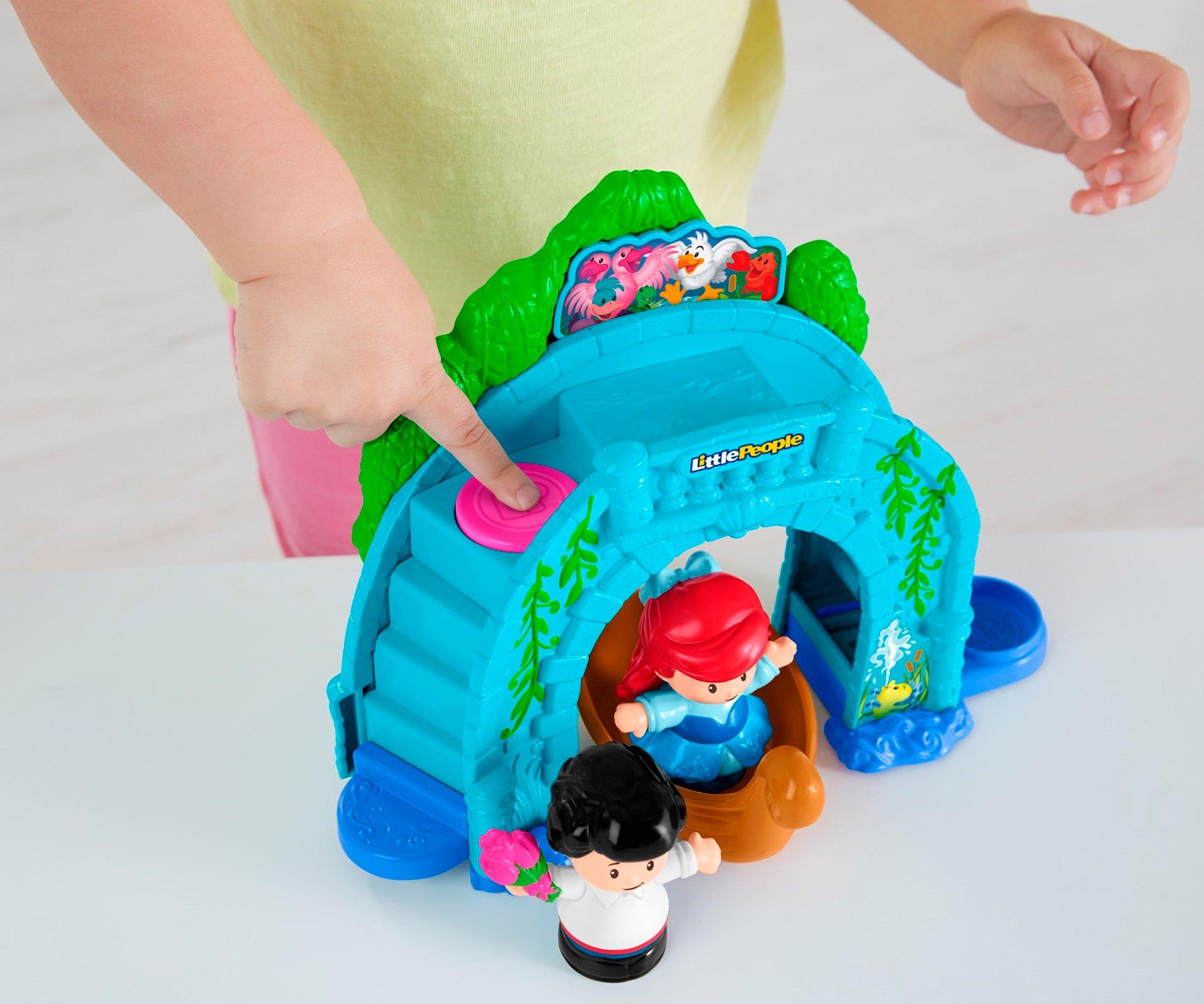 Fisher-Price Little People Disney Princess, Ariel Vehicle Playset