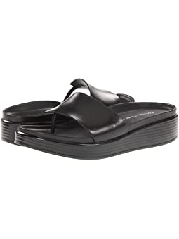 comfortable flat shoe in red copper white soles vintage women/'s shoe red ros\u00e9 Sportique Donald J Pliner size 8 12