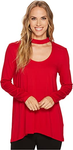 Vince Camuto - Long Sleeve Choker Mock Neck High-Low Hem Top