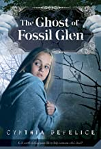 The Ghost of Fossil Glen (Ghost Mysteries, 1)