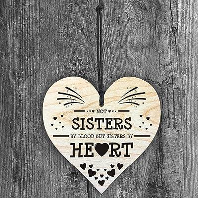 Resmoni Plaque en Bois Faite à la Main avec Inscription « Not Sisters by Blood, But Sisters by Heart »
