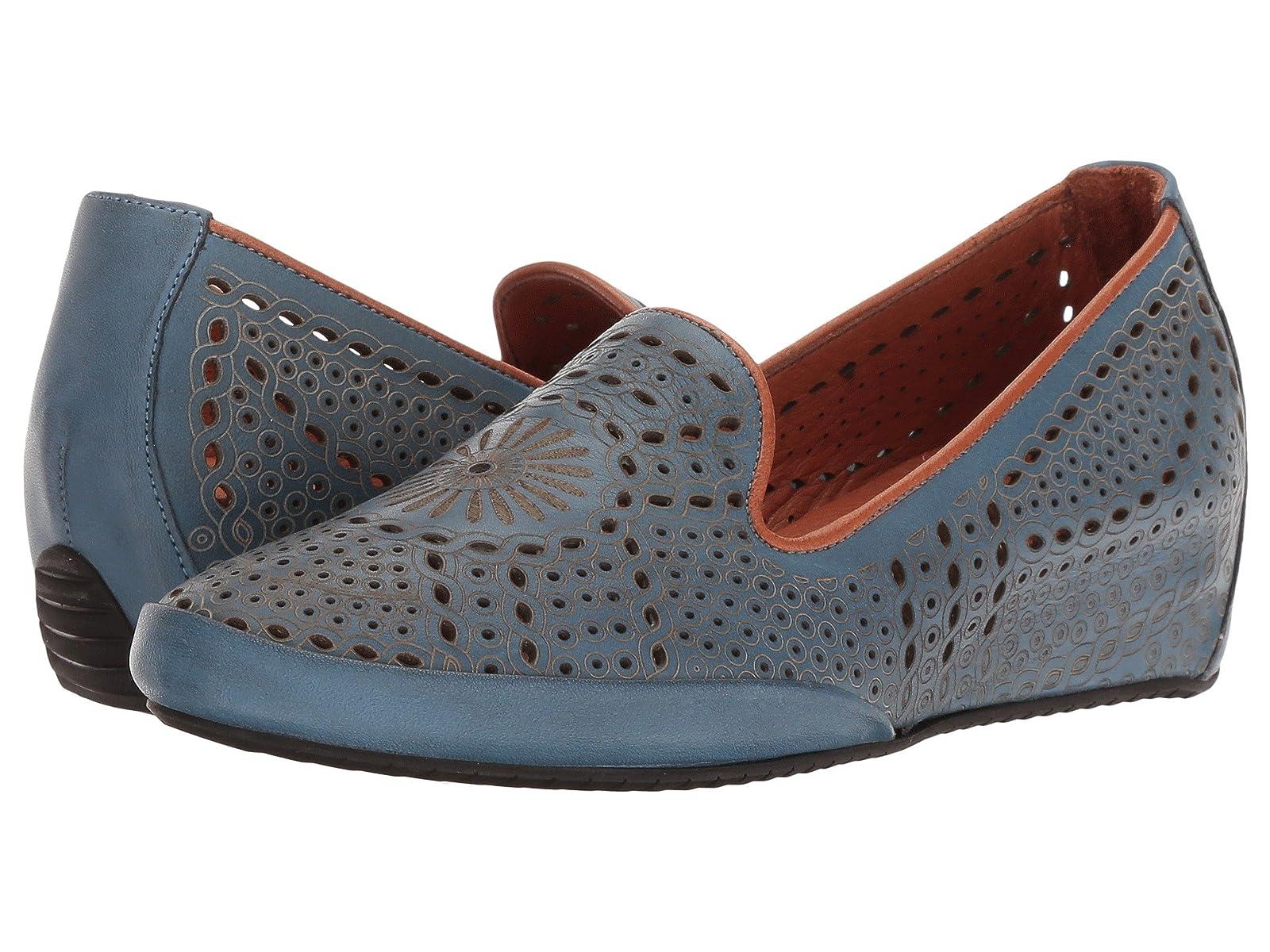 Spring Step ShondraAtmospheric grades have affordable shoes