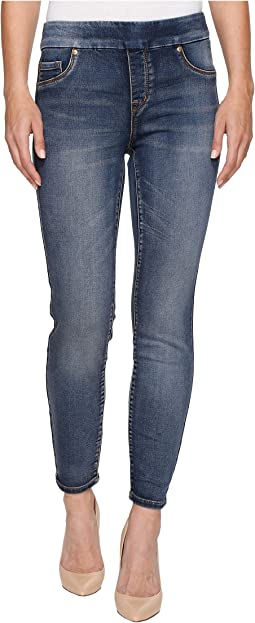 "Pull-On Knit Denim 28"" Ankle Jegging in Medium Wash"