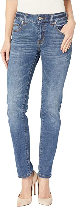 Boyfriend Skinny Jeans in Medium Wash W2S8725
