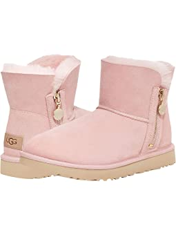 Hot pink bailey bow ugg boots ugg low