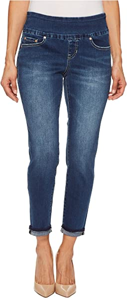 Petite Amelia Slim Ankle Pull-On Denim Jeans in Kodiak Blue
