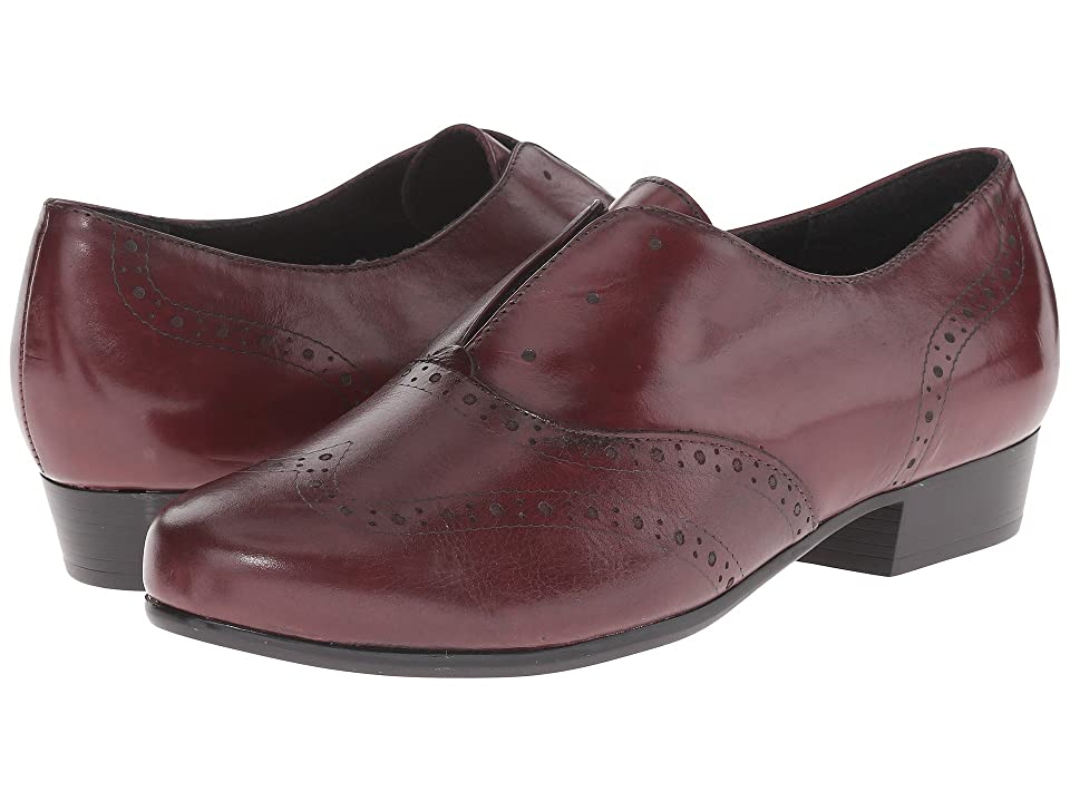 Munro Yale (Wine Leather) Women
