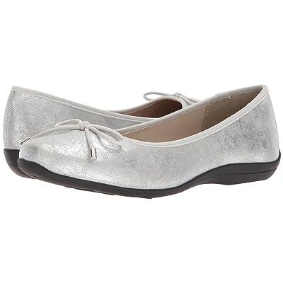 Soft Style Heartbreaker (Silver Eclipse) Women