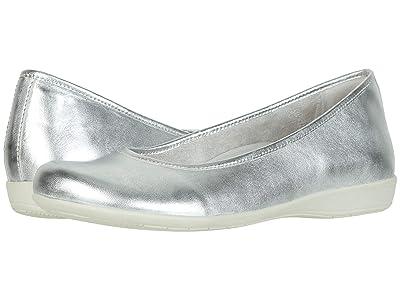 Earth Astoria (Light Silver Metallic Sheep Nappa) Women