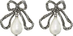Pearl Drop P Earrings
