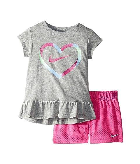 090d256107 Nike Kids Heart Short Sleeve Tee Mesh Short Set (Toddler/Little Kids ...