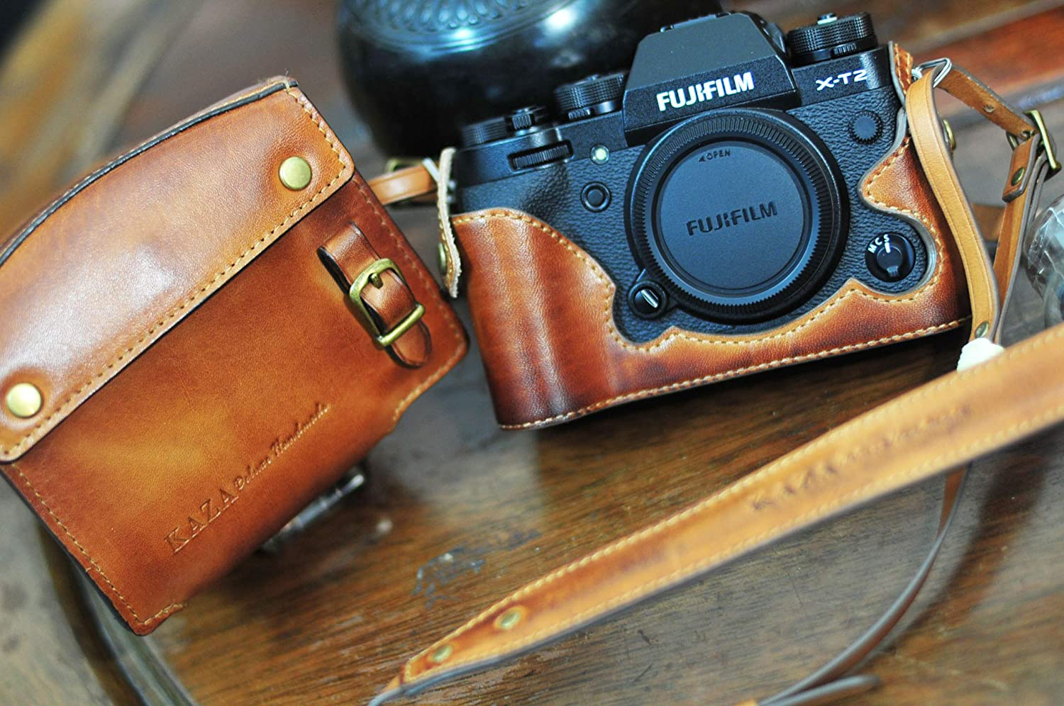 Kaza Combo Set Full Leather Case + Half Leather Case with Strap for Fujifilm XT2 (Vintage Brown)