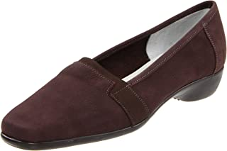حذاء نسائي مسطح من سيستو ميوتشي