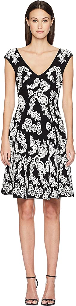 Zac Posen Knitted Jacquard Short Sleeve Dress