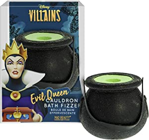 MAD BEAUTY Disney Villains Evil Queen Cauldron Tub Bath Fizzer, Poison Apple Scented Bath Salts, Body Care, Healthy Skin Glow, Relaxing, Hydrating, Let Your Troubles Fizz Away