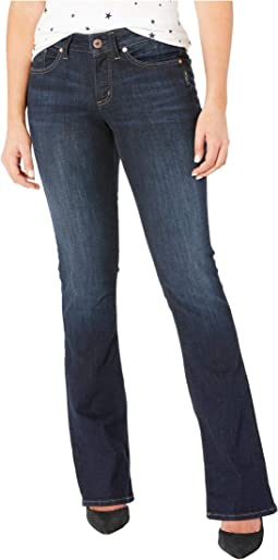 Suki Mid-Rise Curvy Fit Slim Boot Jeans in Indigo