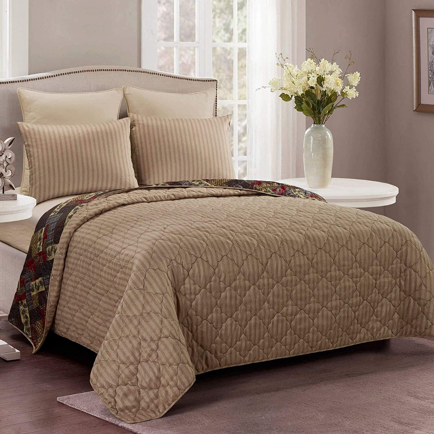 Machine Washable Hidden Valley Lodge Quilt Set with King Quilt and Two Standard Pillow Shams 3 Piece Donna Sharp King Bedding Set