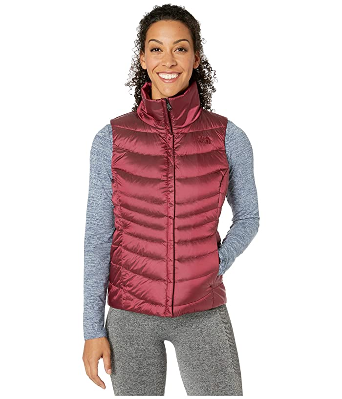 The North Face  Aconcagua Vest II (Shiny Deep Garnet Red) Womens Vest