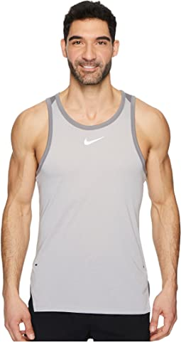 Nike - Breathe Elite Sleeveless Top
