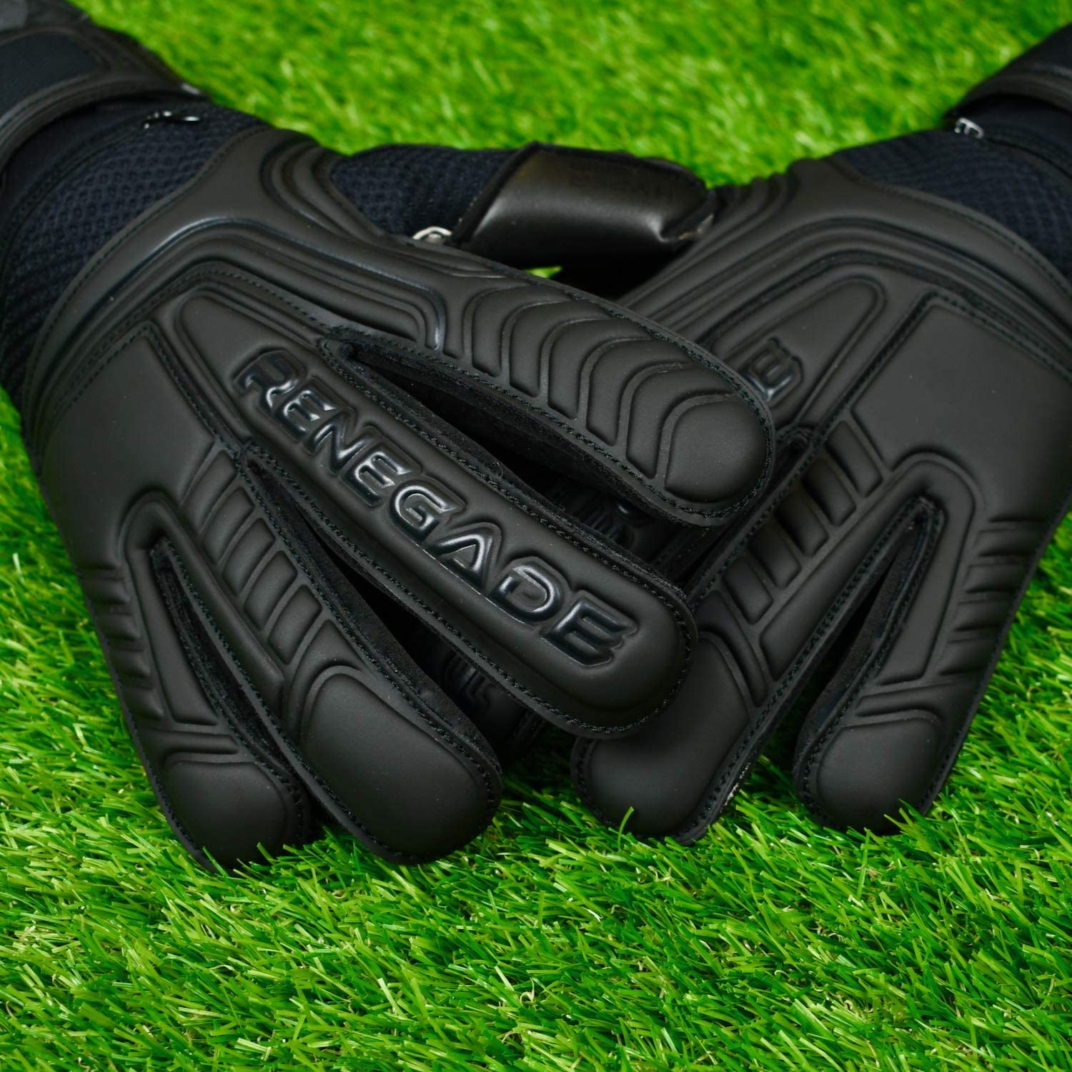 Based in The USA Sizes 6-11, 4 Styles, Level 3 Excellent Goalkeeper Glove for Higher Play Renegade GK Vulcan Goalie Gloves with Microbe-Guard Pro-Tek Fingersaves /& 3.5+3MM Hyper Grip
