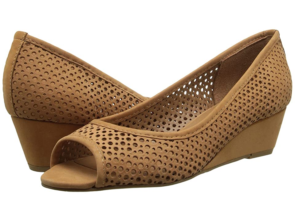 French Sole Necessary (Tan Nubuck) Women