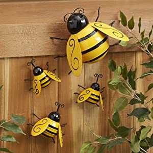 Metal Bee Decor Bumble Bee Garden Accents 3D Honey Bee Wall Ornament Lawn Yard Fence Art Sculpture Hanging Funny Cute Bee Figurines - Set of 4