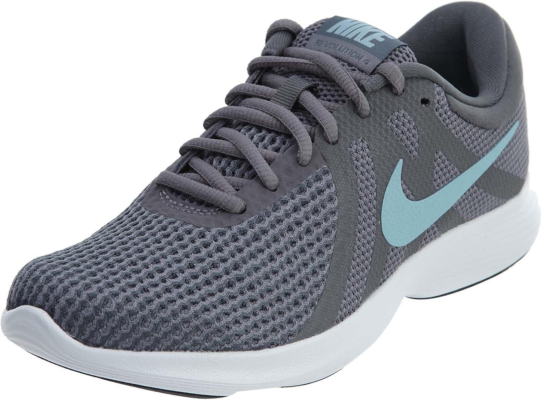 Desviación Motear analogía  Amazon.com | Nike Women's Revolution 4 Wide Sneaker | Fashion Sneakers